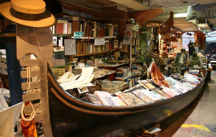 Librería Alta Acqua, Venecia, Italia