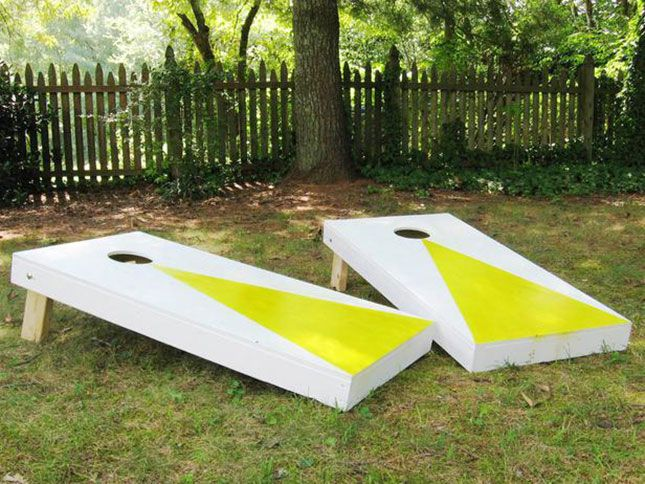 Make your own cornhole platforms with this DIY.