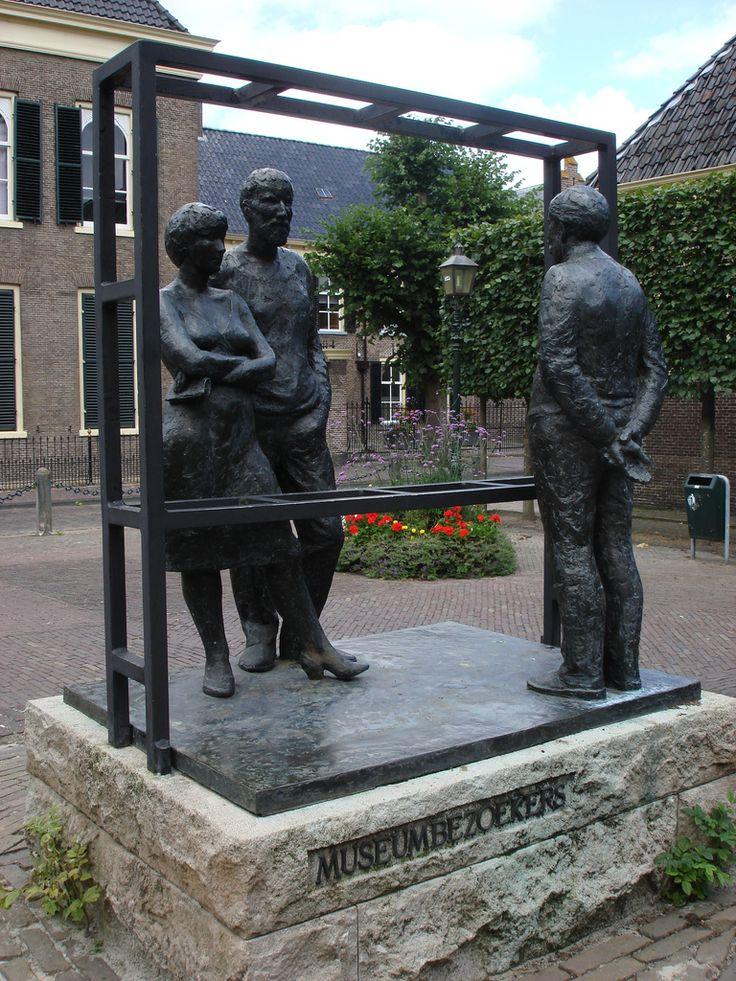Bert Kiewiet, Museumbezoekers, Drents Museum, Assen, Drenthe.