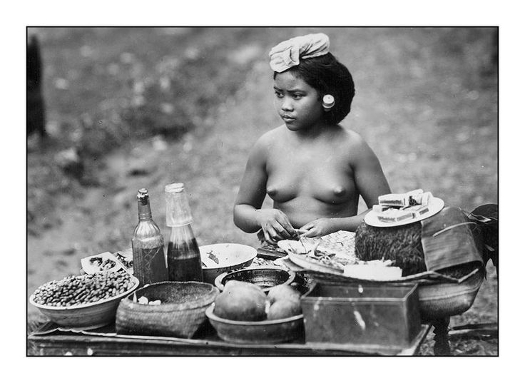 https://aussie555.files.wordpress.com/2013/08/balinese-street-vendor-1920.jpg