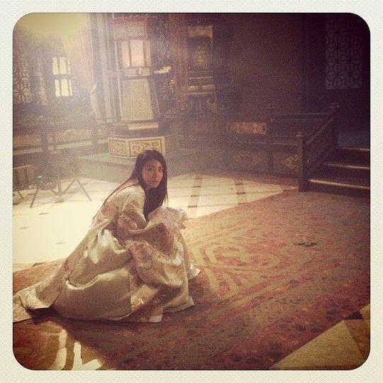 Ha Ji Won on the set of Empress Ki
