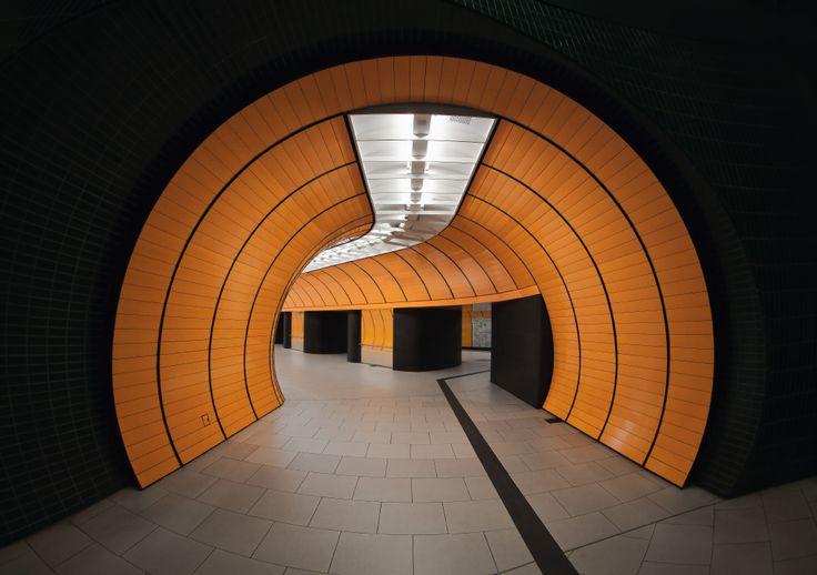 キューブリック映画のようなミュンヘンの地下鉄:ギャラリー « WIRED.jp