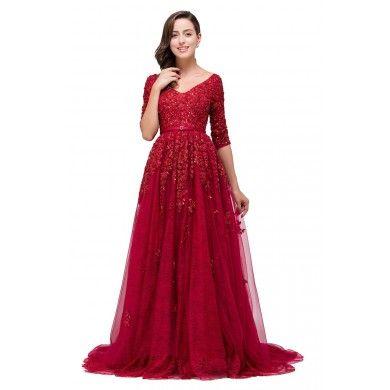 VESTIDO DE FESTA BORDADO V00015 - Vestido de festa em renda bordado com pedrarias. O cinto faz parte do vestido, não pode ser removido. Vestido Importado. Só R$ 1.649,00!!!