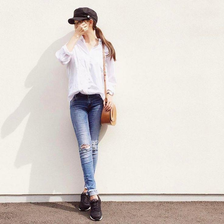 MINE公式アプリにて記事公開中 春夏の足元はやっぱりNIKEのスニーカーで決まり大人っぽくラフに着こなすコツを伝授  詳しくはアプリstoreにてMINEと検索  Photo by @bibi_mama_   Top... #uniqlo  Bottom... #zara  Shoes... #nike  \美脚パンツプレゼント企画/ @barnyardstorm の美脚パンツを抽選で5名様にプレゼント  応募方法 #mineby3mootd_pants を付けて最新のパンツコーデをアップ 投稿して頂いた方の中から抽選でプレゼント致します ( MINEの特集ページでもご紹介させて頂くこともあります)  応募期間 5/1 - 5/14中  #mineby3mootd #MINEBY3M #ootd #outfit #fashion #coordinate #instafashion #beaustagrammer #fashionista #outfit #igfashion #カジュアルコーデ #春コーデ #シンプルライフ #シンプルコーデ #プチプラ #ザラジョ…