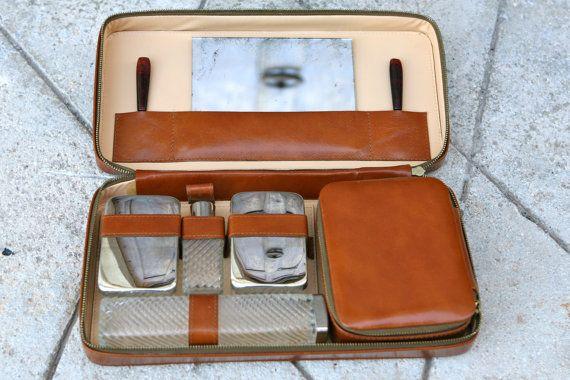 Charming retro men's travel kit by rusticitalia on Etsy, £30.00