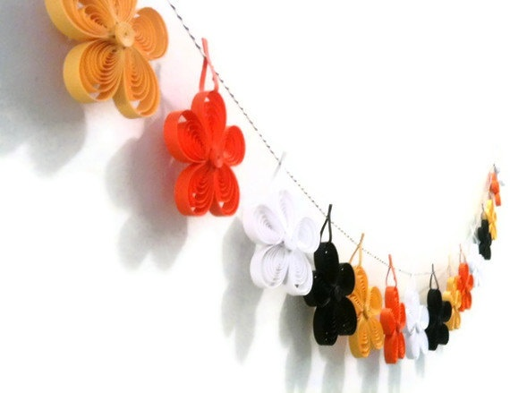 Paper Halloween Garland  Paper Quilled by WintergreenDesign, $48.00