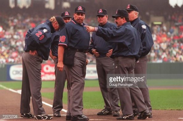 The Officiating Crew Of Umpires Greg Kosc Tim Tschida Tim Welke Sports Pictures American League Crew