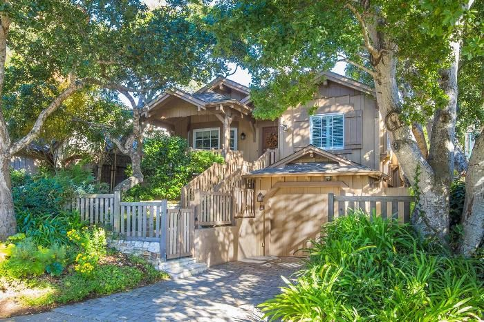 Tour This Storybook Cottage In Carmel By The Sea Carmel