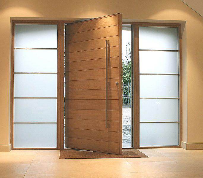 M s de 25 ideas incre bles sobre puertas principales en for Puertas de madera entrada principal modernas