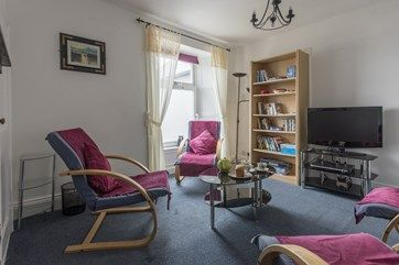 Just joined the portfolio, and with lovely sea views, The Lookout is a comfortable apartment for four located just minutes from the beach in Marazion. In the summer months, you can enjoy cream teas on your doorstep, and there are many tempting eateries and pubs just a stroll away.  #Holiday #Cottage #Cornwall #Marazion #Apartment #Cream #Tea #Beach #Walk #Pub #Restaurant u.classic.uk/pVsd