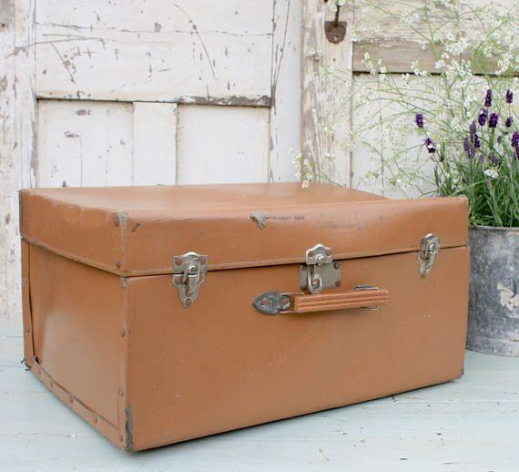 les 25 meilleures id es de la cat gorie bagages vintage sur pinterest valises anciennes. Black Bedroom Furniture Sets. Home Design Ideas