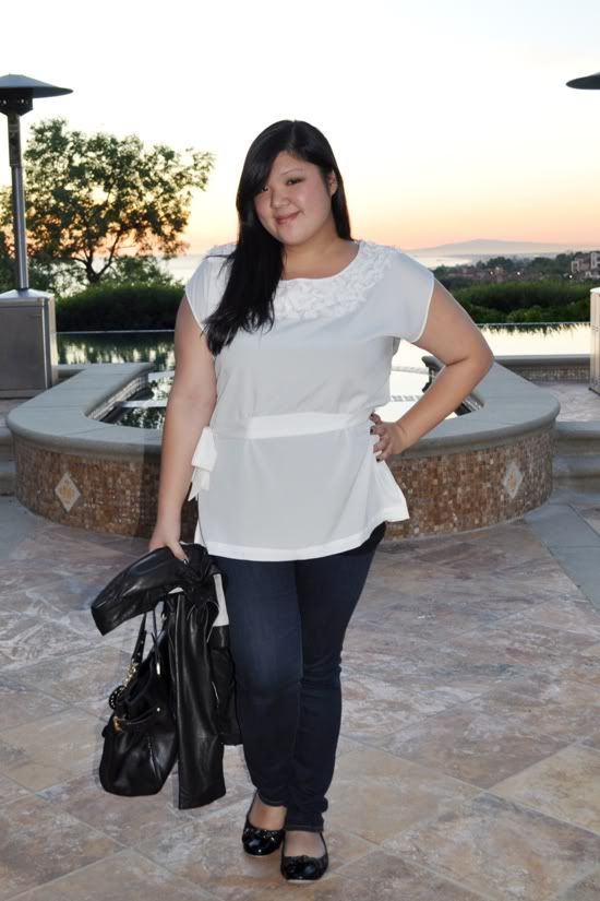 loving this white chiffon top from forever21! never thought it would look good on curvy women. wow!  Curvy Girl Chic - Plus Size Fashion and Style Blog