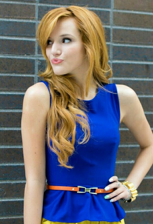Hot And Sizzling Pics Of Bella Thorne Cinebuzz