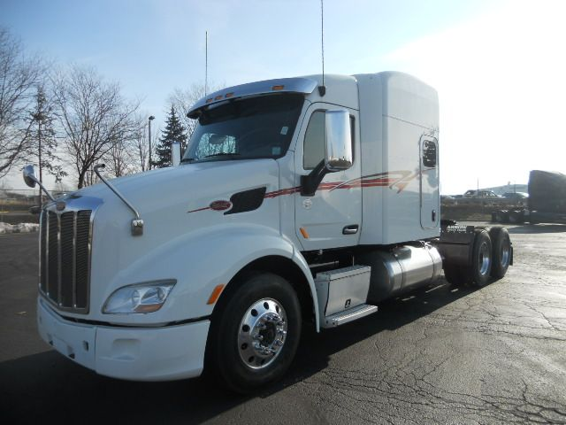 I Really Like The Look Of This Peterbilt Semi Truck The Simple