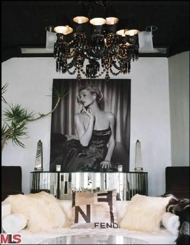 Best 25 old hollywood decor ideas on pinterest old for Hollywood glam living room ideas