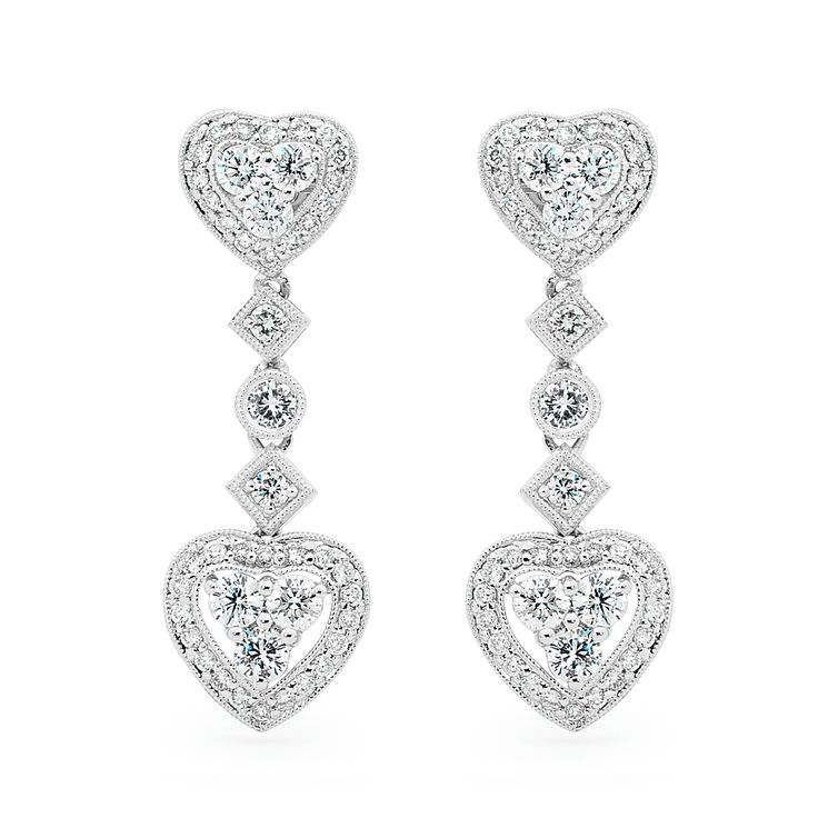 who's in love ? #diamonds #love #marryme #sparkle #shimmer #diamondsinternational #earrings