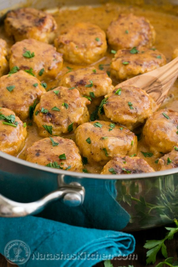 Chicken Meatballs in a Cream Sauce (Tefteli)