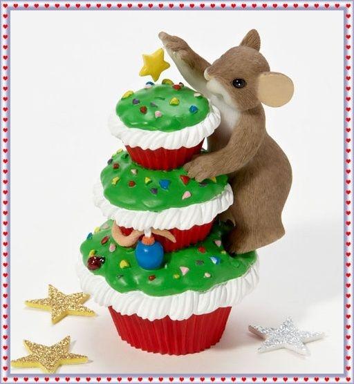 Charming Tails Merry Christmas Cupcake 2011 | eBay