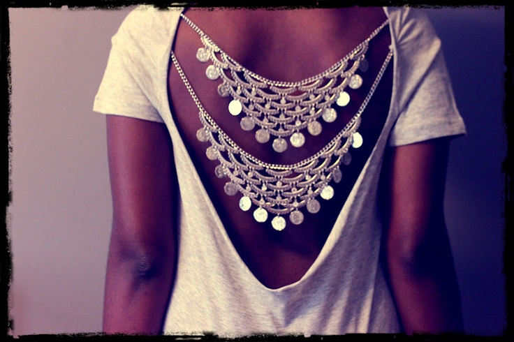 Taylor and Demolish: DIY Chained Back Cutout Tee