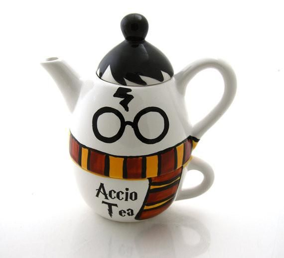Harry Potter teapot with gryffindorscarf, accio tea, tea for one, gift for Harry Potter fan, reader, tea drinker Do you know someone who is still obsessed with all things Harry Potter? Let them drink
