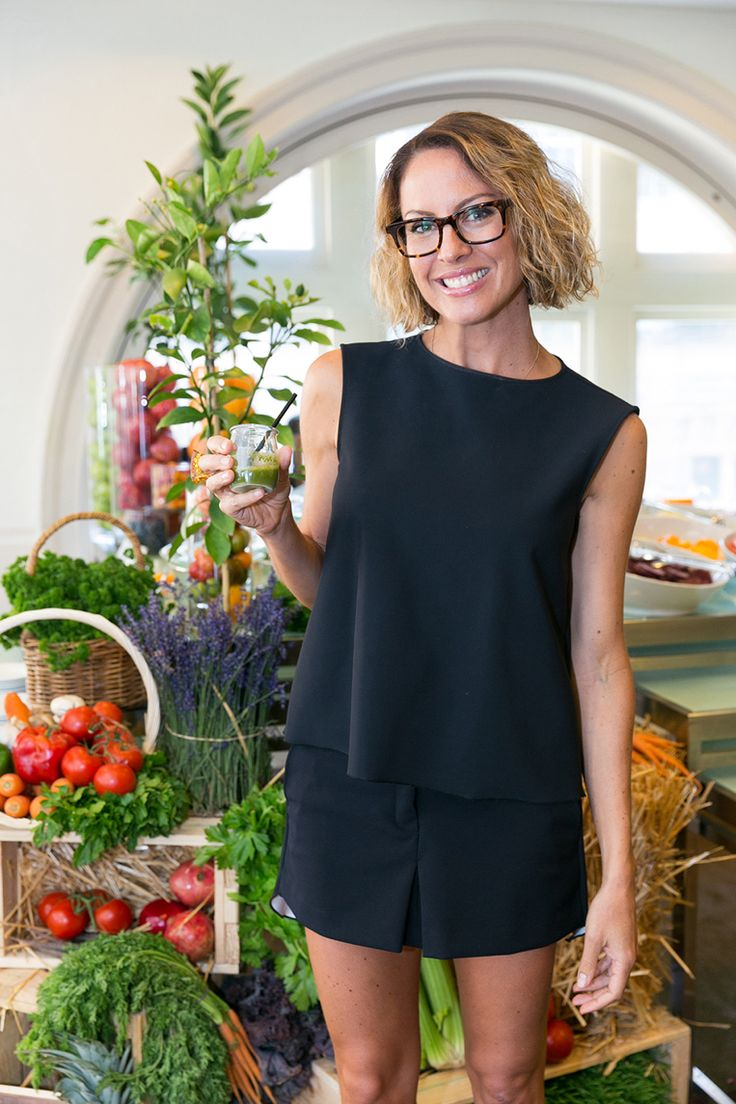 Sarah Wilson: How to Eat, Move and Travel Well.