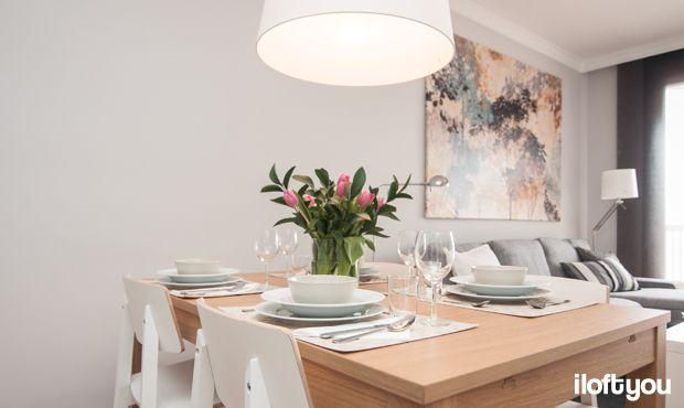 #proyectolescorts #iloftyou #interiordesign #ikea #barcelona #lowcost #alquilertemporal #livingroom #kivik #samtid #diningroom #bjursta #sigurd