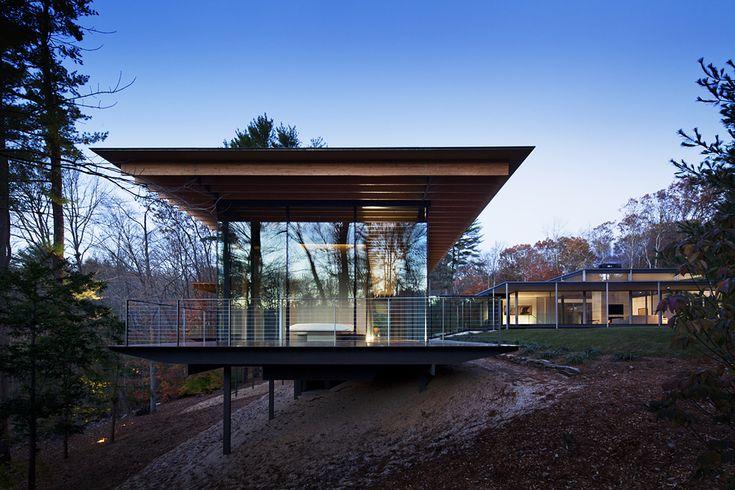 Kengo Kuma glass wood house jewel by night