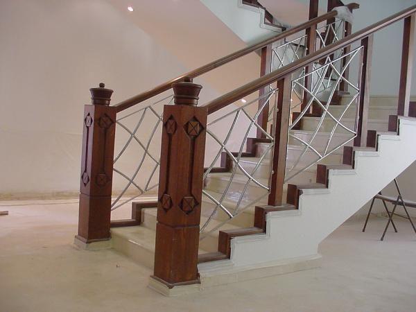 صور درابزين درج للفلل والدوبليكس بأحدث الاشكال ميكساتك Brick Patios Stairs Home