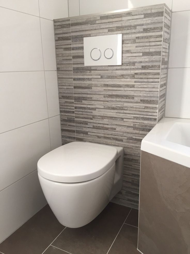 toilet met taupe steenstrips portfolio keukens. Black Bedroom Furniture Sets. Home Design Ideas