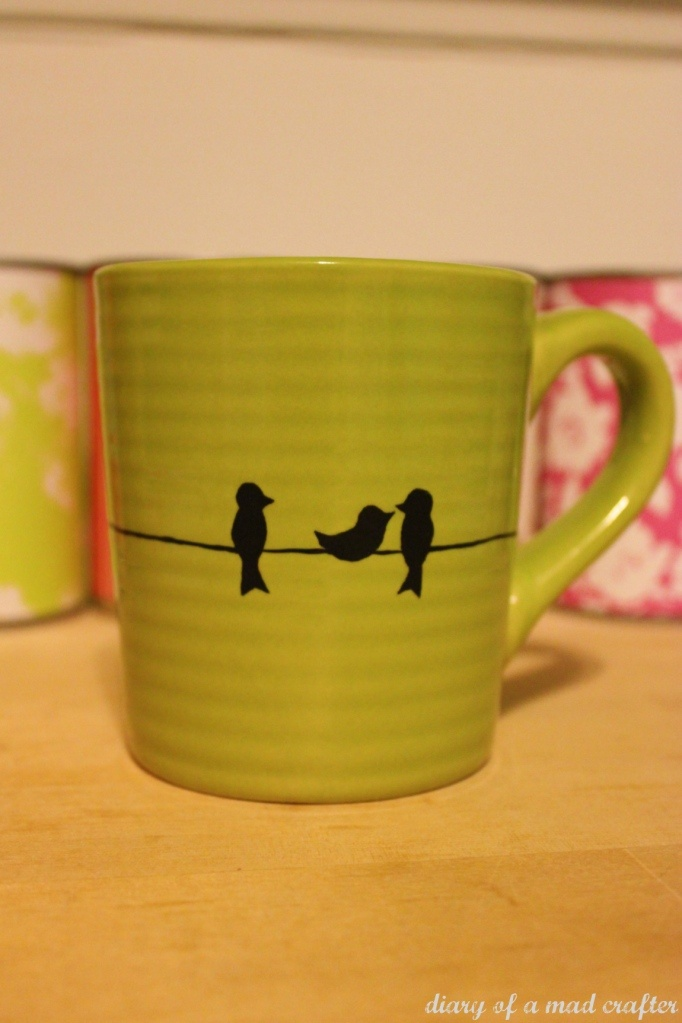 DIY painted mug. Great and easy gift idea!!!