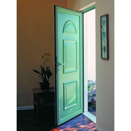 16 best nos portes d 39 entr e pvc tradition images on for Changer porte d entree