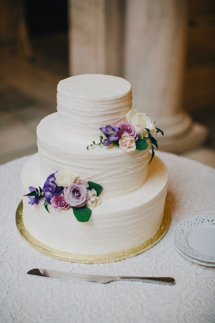 Best 25 Lavender Wedding Cake Icing Ideas On Pinterest