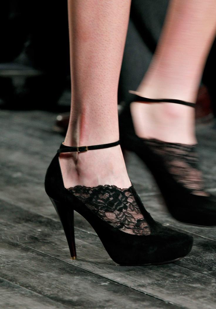 Nina Ricci: Paris Fashion, Ankle Straps Shoes, Nina Ricci, Curly Fall, Ninaricci, Design Handbags, Fashion Week, Fashion Center, Fall 2012