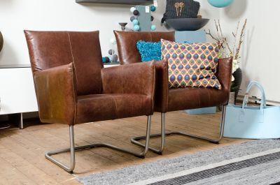 Prachtige leren fauteuils. Ze hebben een warme kleur maar zijn ook in andere kleuren mogelijk. www.woonn.nl