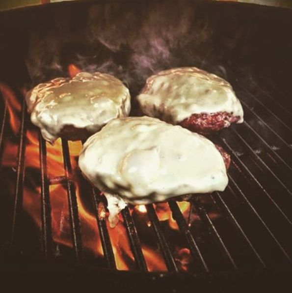 These are some of the cheesiest BUBBA burgers I've ever seen! Seriously craving a cheddar bacon BUBBA now!! Thanks to grillmaster @freddyj593 for the shot! #BUBBAburger #cheesy #cheese #melted #BUBBA #flames #grill #grilling #grillmarks #grillmaster #beef #USDAChoice #burgers #cookout #coals #charcoal #fanpic