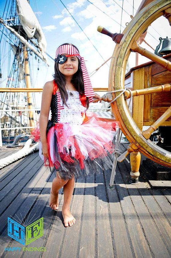 Pirate Costume Pirate Tutu Peter Pan Skull by willowlaneboutiques