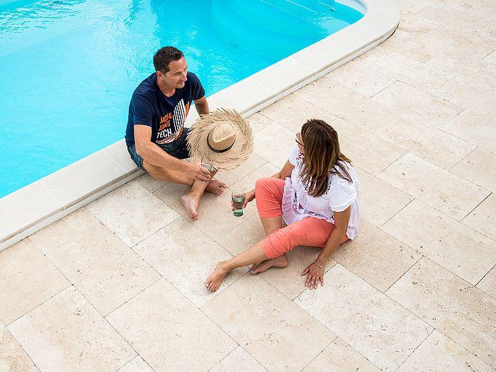 Die Terrassenplatten aus Naturstein wirken harmonisch und modern! – stonenaturelle
