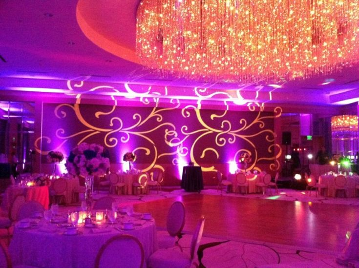 Carolina Wedding Belle is a middle eastern #weddingdecorations service provider of Indian style in north and south Carolina.  http://www.carolinaweddingbelle.com/middle-eastern-wedding-decorations.html