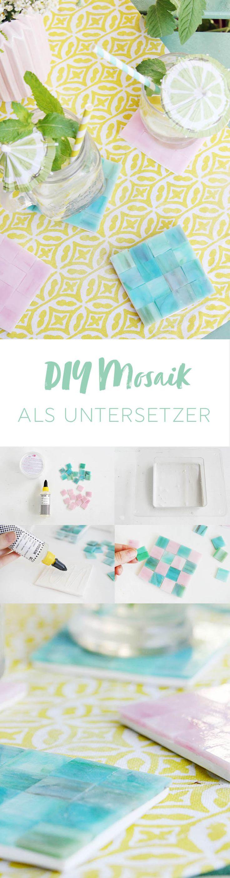 Kreative DIY Idee als Geschenk selbstgemacht: Untersetzer aus bunten Mosaiksteinen basteln - mit Beton als Basis | mit DIY Anleitung