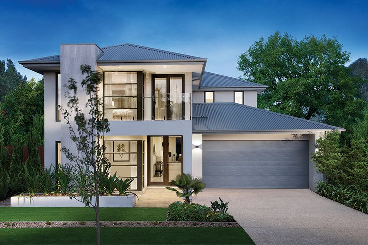 Oakridge Facade with a glass balcony on the Charlton display home at Warralily Estate.