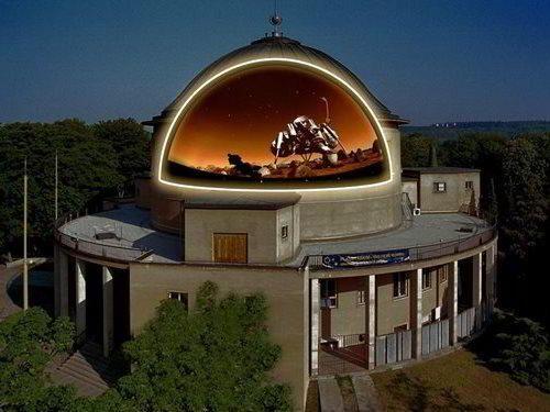 Planetárium Praha - pohlédněte do vesmíru