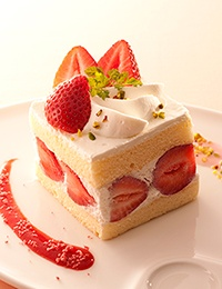 Takano fruit parlour / Strawberry special shortcake / ショートケーキ (2013/02/06)
