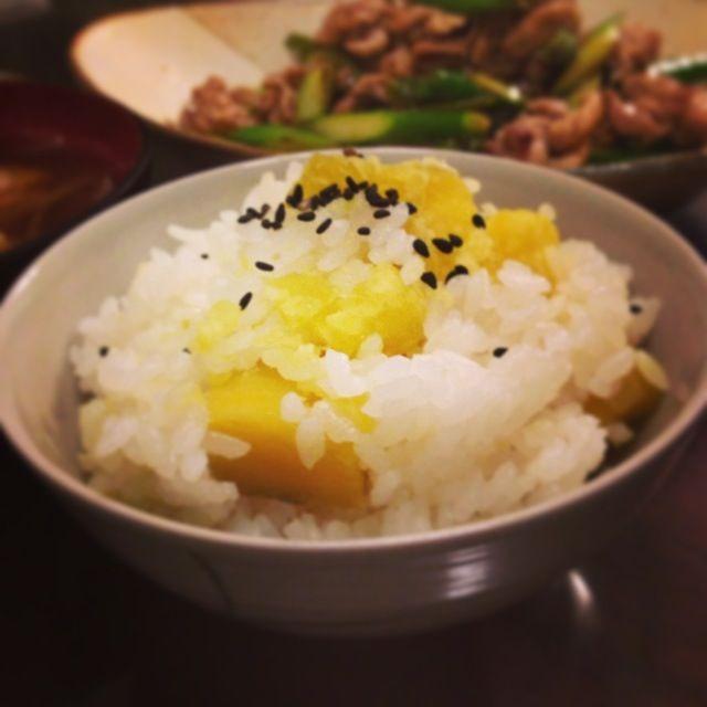 お芋が大好きなので♪ - 8件のもぐもぐ - さつまいもご飯 by akanekoko