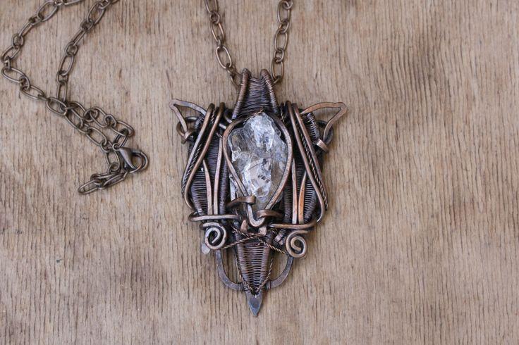 """Pendentif """"Neige"""" est faite dans la technique de wire wrap avec une pierre de cristal de roche : Pendentif par cuivre-bijoux"""
