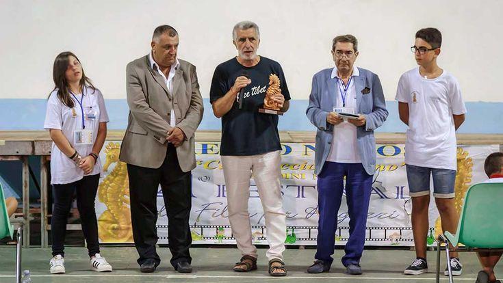 Premio Naxos – Cavalluccio Marino a Papa Francesco al sindaco Renato Accorinti - http://www.canalesicilia.it/premio-naxos-cavalluccio-marino-papa-francesco-al-sindaco-renato-accorinti/ Premio Naxos, Renato Accorinti