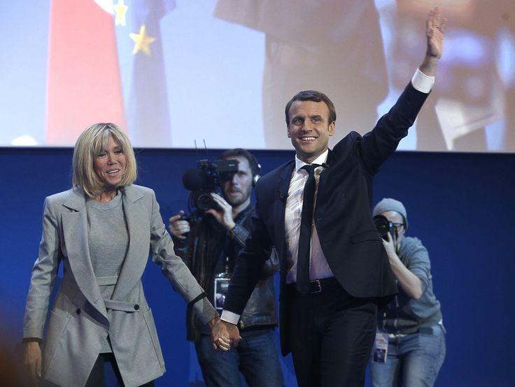 Журнал Charlie Hebdo высмеял победу Макрона в первом туре выборов http://apral.ru/2017/04/25/zhurnal-charlie-hebdo-vysmeyal-pobedu-makrona-v-pervom-ture-vyborov/  10 фото Источник