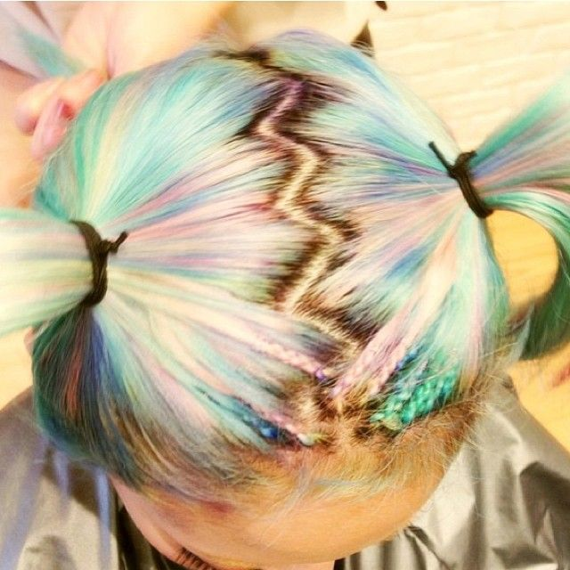 Zig-zag part (so late 90s! :D ) and candy colored hair