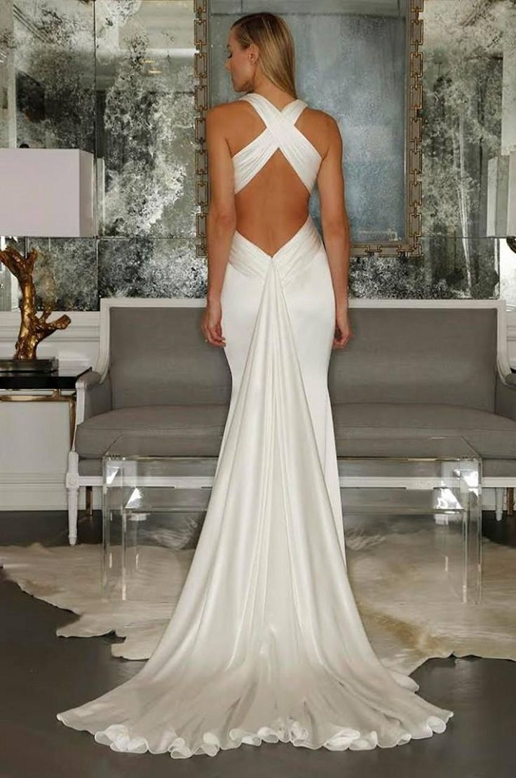 2015 Beach Sexy Wedding Dresses Criss Cross Straps Pleats Mermaid Backless Bridal Gowns Satin Summer Fishtail New Bride Wear with Long Train