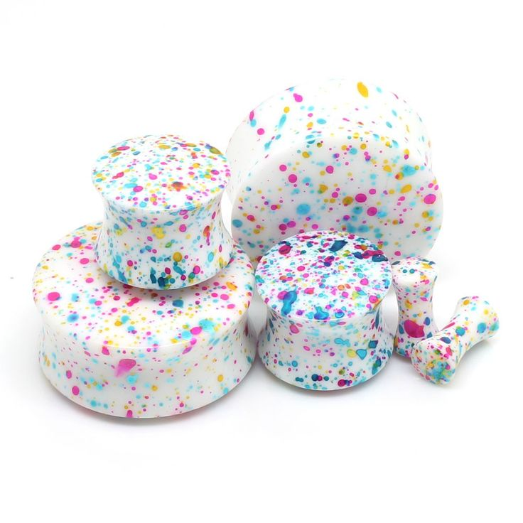 I LOVE these paint splatter ear gauges. They remind me of the jawbreaker candy.