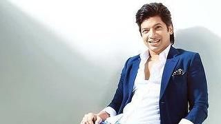B'day Bumps: The singing sensation adds another Shaan-daar year to his life! #Shaan #Bollywood #HappyBirthday #Celebs #tagsforlikes #instalike #wishes Wish your fav Singer Shaan, visit http://m.follo.co.in/Shaan